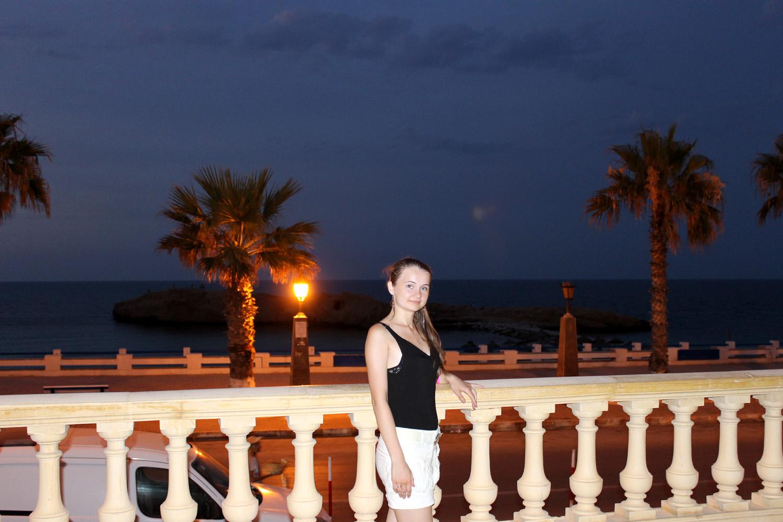 море около отеля