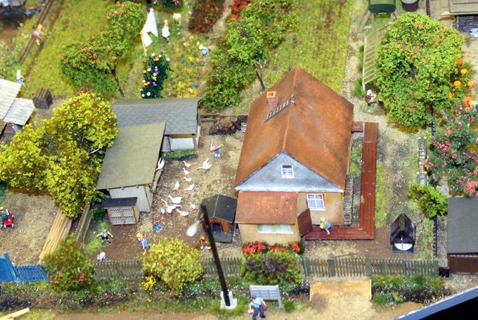 макет деревенский домик
