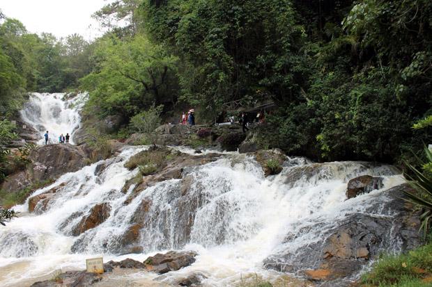 далат водопад датанла