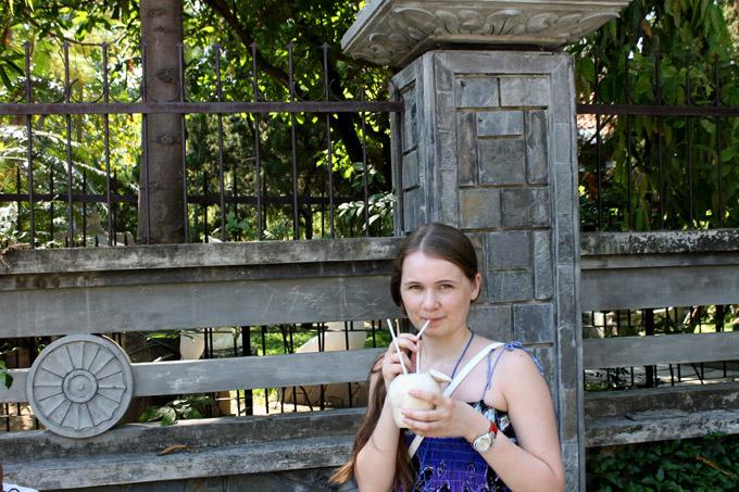 как пить кокос