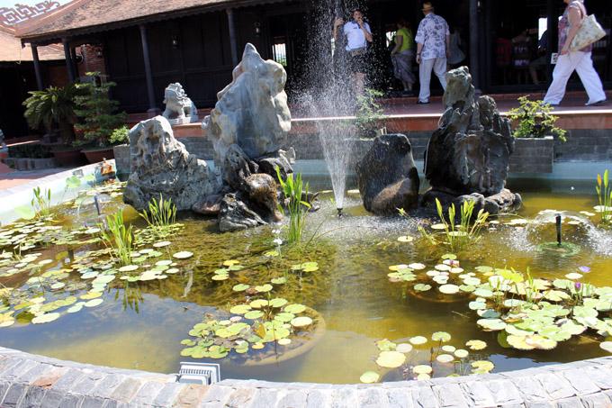 сад камней пруд